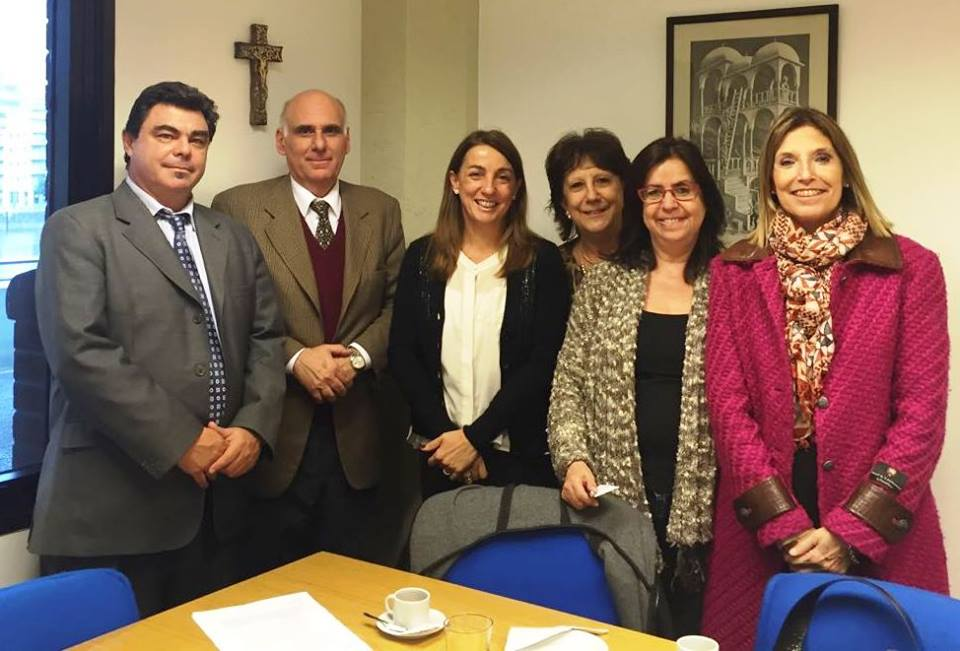 La Facultad de Periodismo firmó un convenio con el canal Orbe21