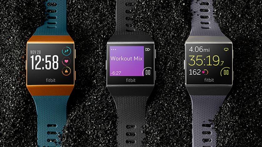 Fitbit lanzó su nuevo reloj inteligente