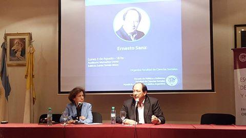 El candidato Ernesto Sanz estuvo en la UCA