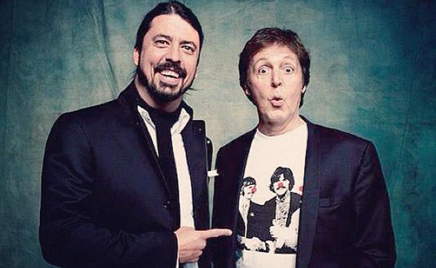 Paul McCartney tocará la batería en el próximo disco de los Foo Fighters.