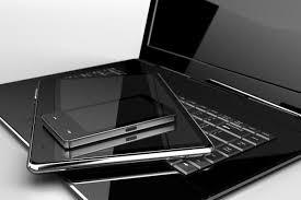 La AFIP resolvió que se permita la entrada de notebooks y celulares sin declaración